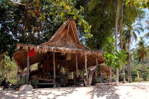 "Thailand Lifestyle Tipp von Nathalie Gütermann: Koh Lanta Strand ""Bamboo Beach"""