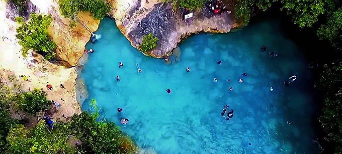Krabis Bade-Oasen:  Blaue Lagunen & heiße Quellen