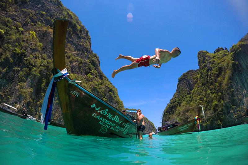 Am Ende des Tages bekommt jeder Teilnehmer ein Video mit den schönsten Schnappschüssen - über und unter Wasser.