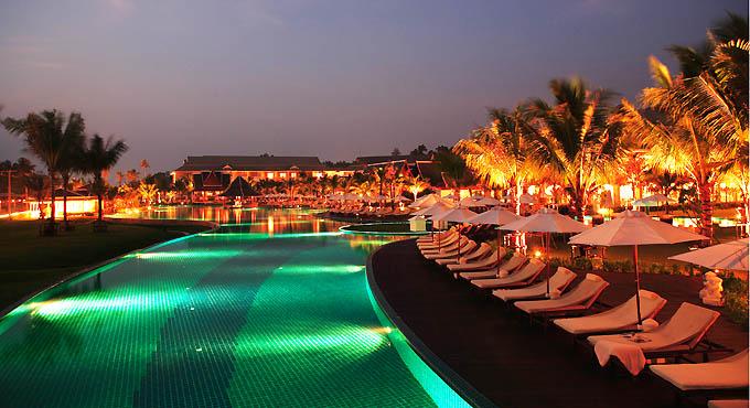 "Krabi Spezial (2): Sportplatz ""Klong Muang Beach"""