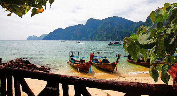 Tonsai Village, Phi Phi: Phönix aus der Asche
