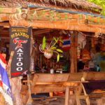 Thailand Lifestyle Tipp von Nathalie Gütermann auf der Glücksinsel Koh Lanta: Bars und Beaches für Blumenkinder