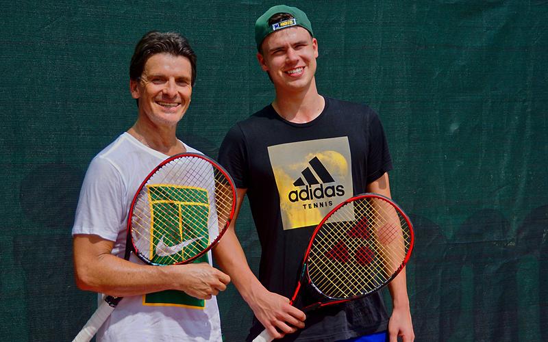 Berühmte Tennisspieler - auch aus Deutschland - üben im Thanyapura Sports Hotel.