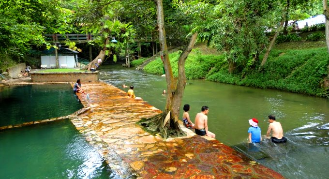 """""""Hot Springs"""": Heisse Quellen Kanchanaburi"""