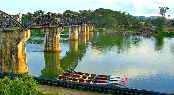 In Memoriam: Reflektion am River Kwai