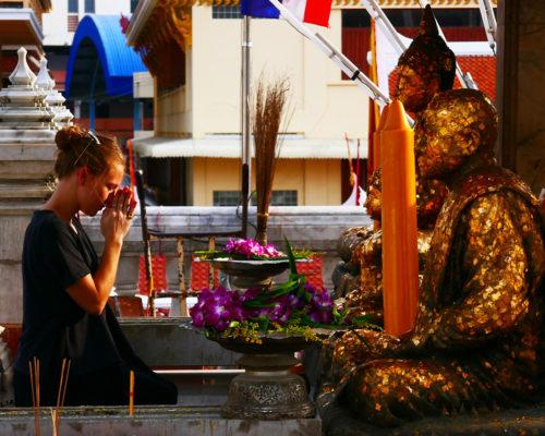 """""""Thailand Lifestyle"""" von Nathalie Gütermann: Kleiner Thailand Knigge"""