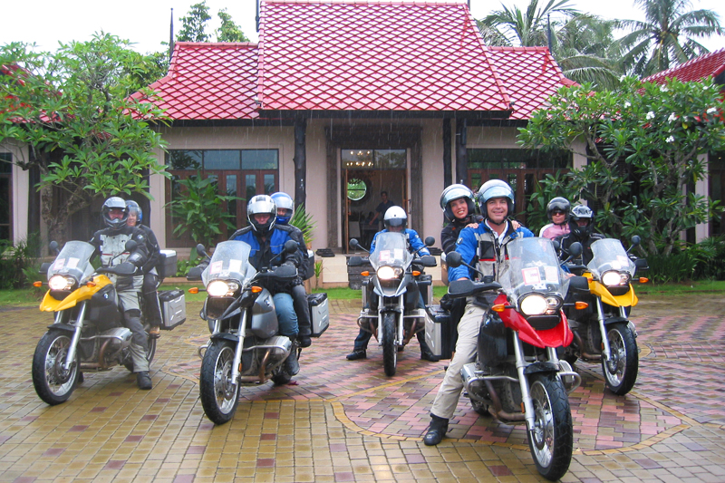 Thailand Motorradtour: Biker Trip nach Phuket mit Nathalie Gütermann.