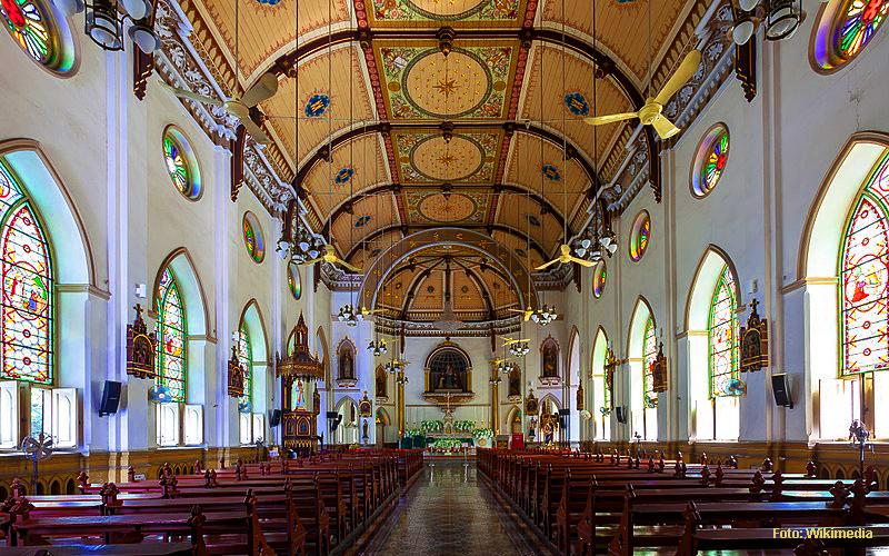 """Bangkok Insider"" Tour: Seitengassen & Kanäle. Hier: Holy Rosary Church"