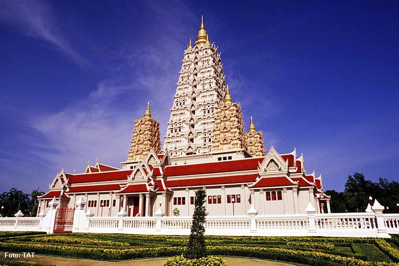 """Thailand Lifestyle Tipp von Nathalie Gütermann: Wat in der Nähe des """"Buddha Mountain"""" in Pattaya"""