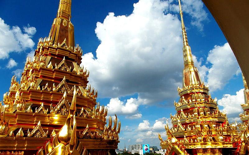"Thailand-Lifestyle.com - Classic Tour: ""Bangkoks Altstadt"". Blick vom ""Loha Prasat"""