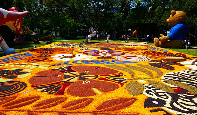 "Thailand Lifestyle präsentiert: Asiens größter Blumenteppich beim ""Nai Lert Bangkok Flower Festival 2019"""