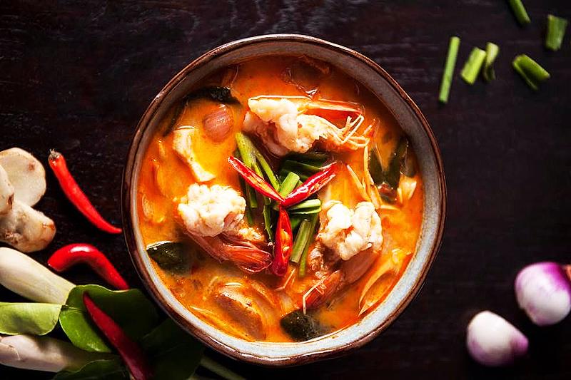 Thailand-Lifestyle.com präsentiert: Skulpturen-Restaurant