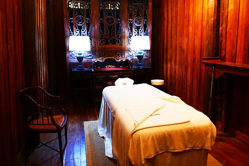 ... gönne ich mir natürlich eine Thai Massage!