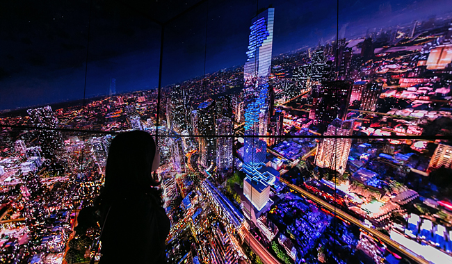 "Digitale Impressionen im ""Video-Aufzug"" des Mahanakhon Tower."