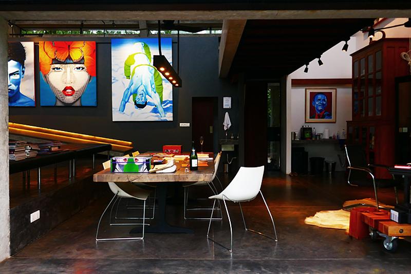Exklusive Einblicke in das Atelier des belgischen Künstlers Christian Develter.
